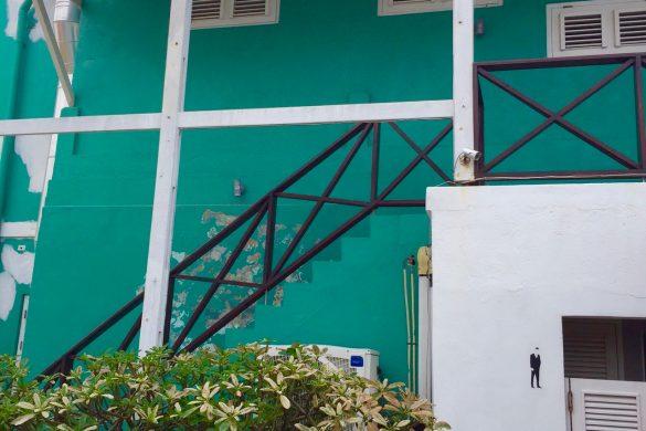 Over welkom op Curacao, gestolen auto onderdelen en aangifte
