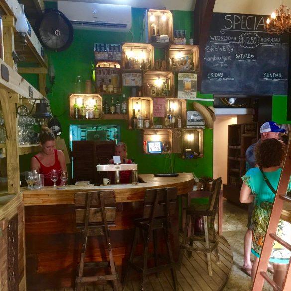 hotspots op bonaire; waar kan je eenvoudig eten en niet duur