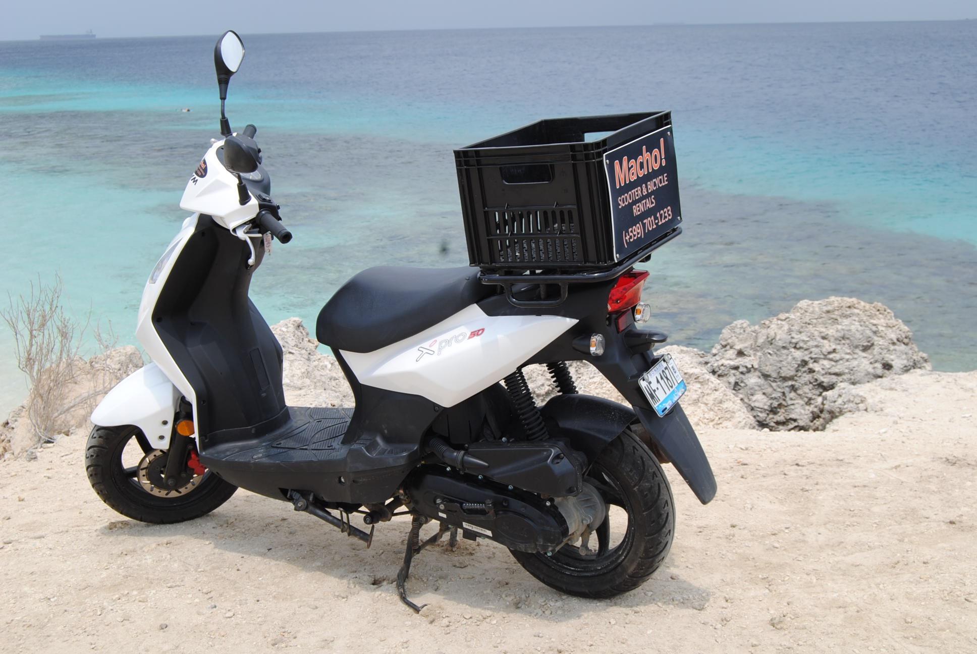 Scooter huren op Bonaire