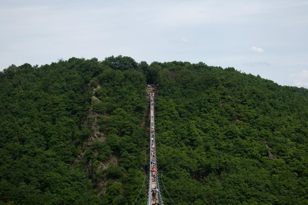doen in duitsland: bezoek de geierlay hangbrug