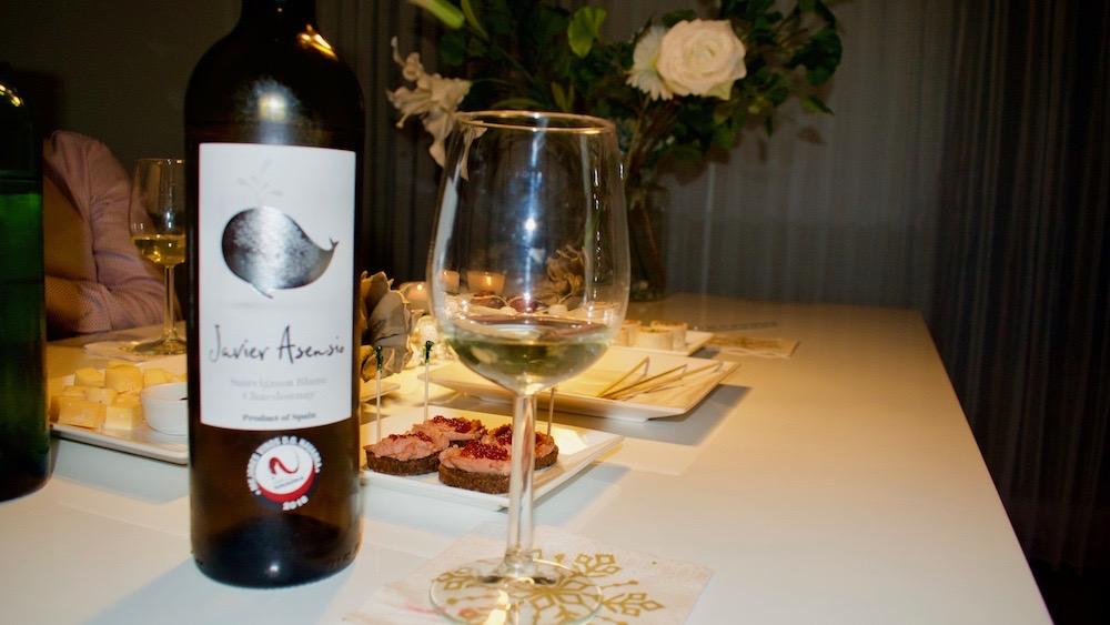 Wijnproeverij in Het Smalste Stukje Nederland
